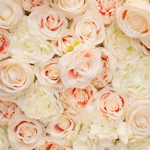 Blumenwand Champagner Nahansicht